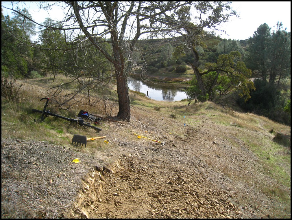Henry W Coe Trail Work 2nd Sat Nov 13, Hoover Lake Trail (Jackalope) free Maps&Tee's!-2010_11_13_coe_12.jpg