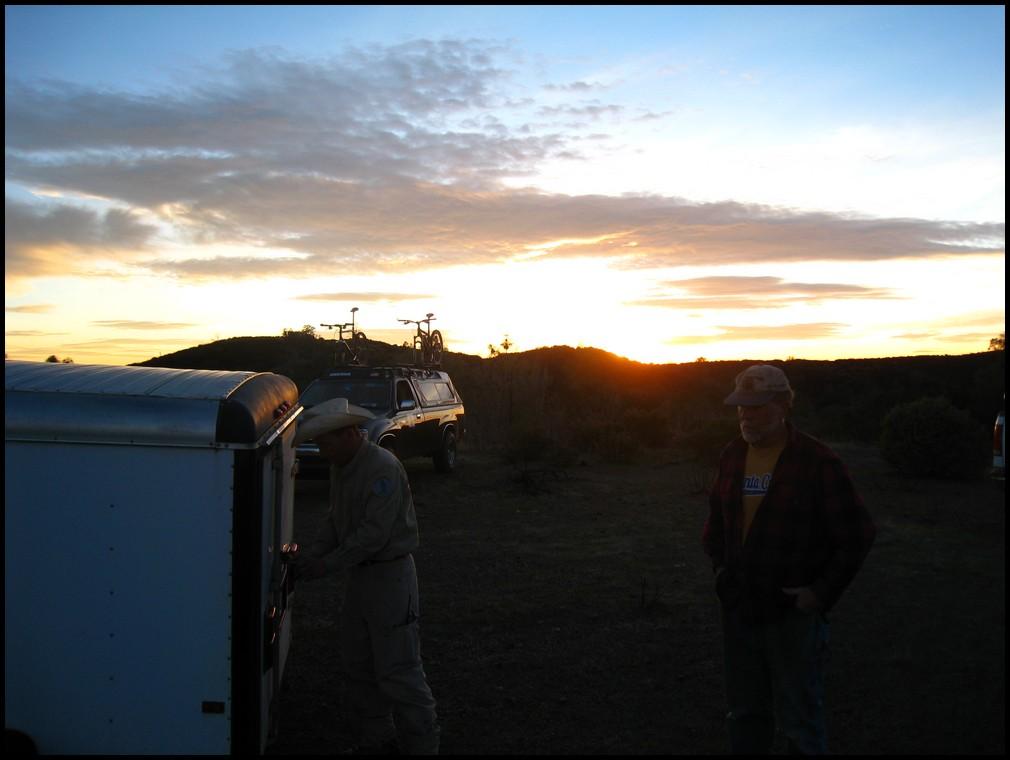 Henry W Coe Trail Work 2nd Sat Nov 13, Hoover Lake Trail (Jackalope) free Maps&Tee's!-2010_11_13_coe_22.jpg