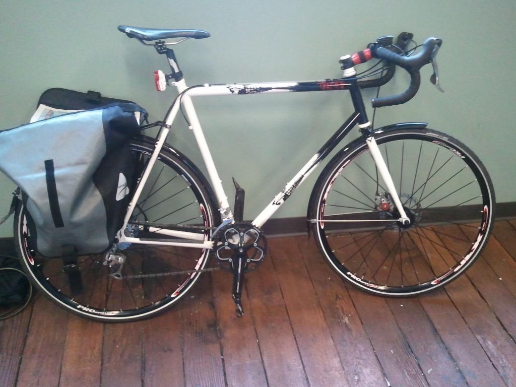 Disc brake commuter frames?-2011-02-15-10.22.58.jpg