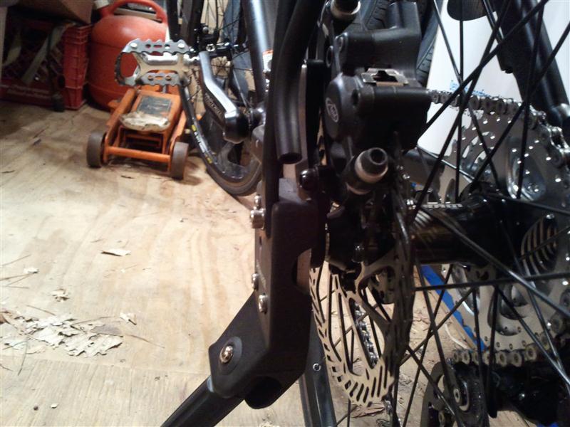 Rear mounted sidestand for disc frame..-2011-02-18-20.08.38-custom-.jpg