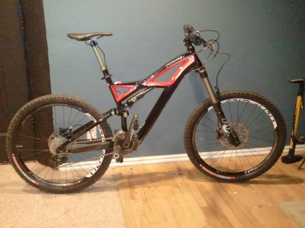 2010 Specialized Enduro: A long term review from an average guy. (With Pics)-2011-11-25-21.04.11.jpg