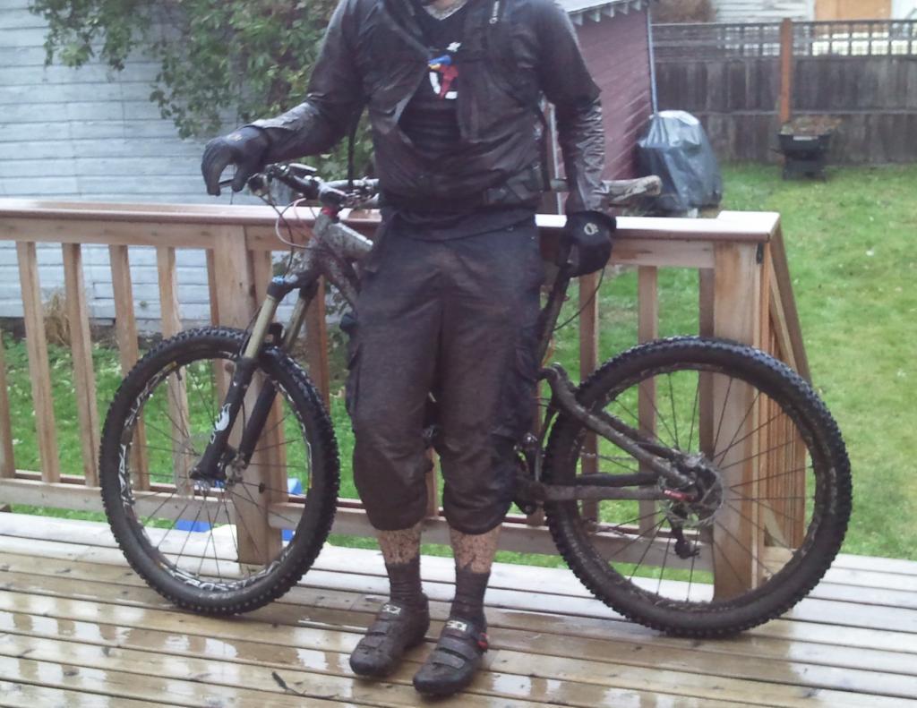 Another Stolen Bike! 2008 Giant Trance X, totally custom build, Bellingham-2011-12-27-15.44.33.jpg