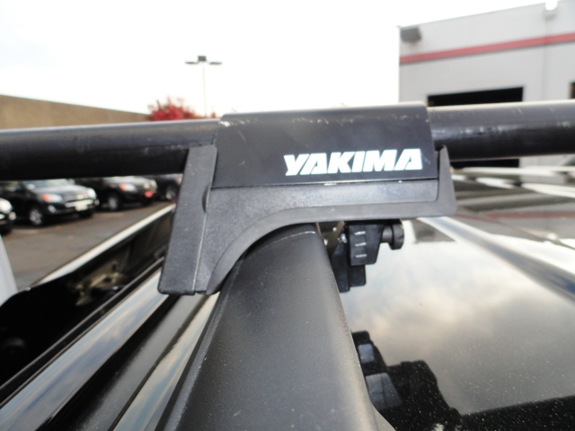 """Yakima LowRiders that """"kinda"""" fit my factory rails-2011%2520toyota%2520sienna%2520with%2520factory%2520raised%2520siderails%2520with%2520railgrab%2520towers%2520front%25.jpg"""