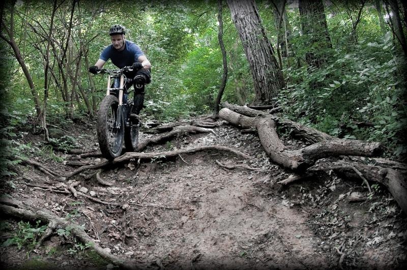 Fat Bike Air and Action Shots on Tech Terrain-2011-las-0080.jpg