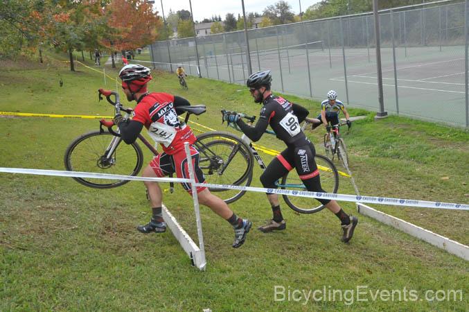 Sacramento Cyclocross starts this weekend 9/23 - new B SS class!-20111105162.jpg
