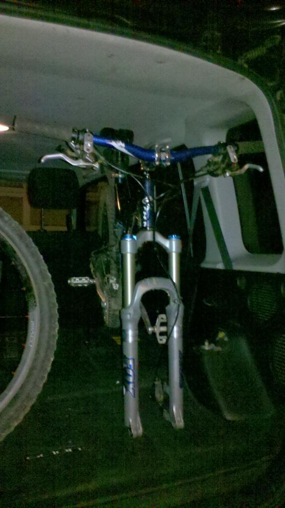 Which small car for a mountain biker?-2012-01-31_23-23-28_896.jpg
