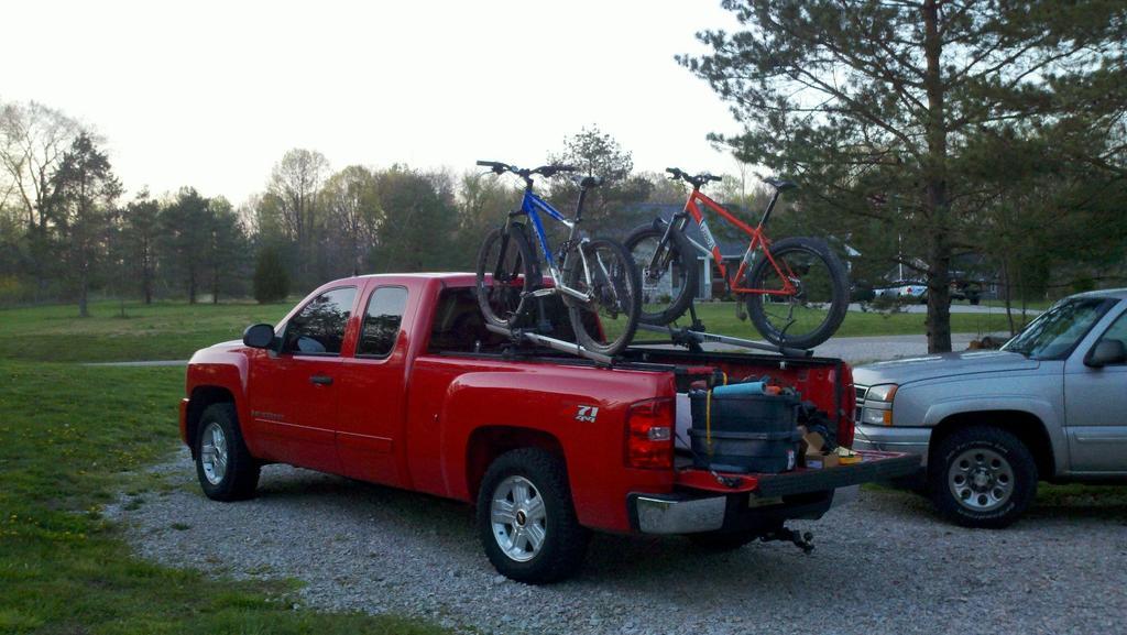 Pick-up bed rail mount rack?-2012-03-26_19-58-16_77-1600x902.jpg