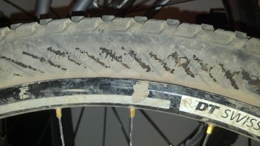 weird greasy lines on tire? wth??-2012-10-15_22-14-43_333.jpg