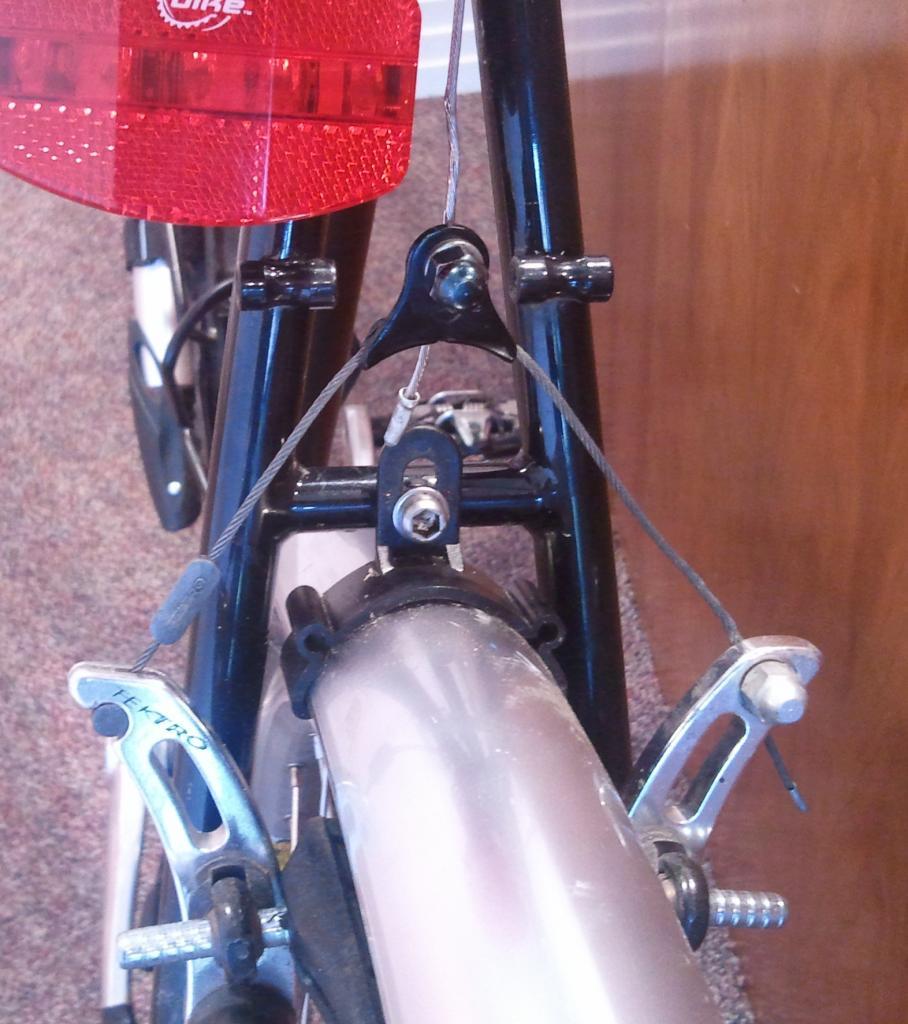 Cantilever brake upgrade?-2012-10-23-12.45.00.jpg