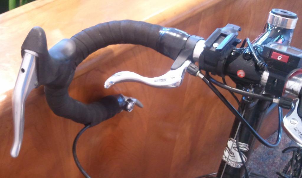 Cantilever brake upgrade?-2012-10-23-12.45.41.jpg