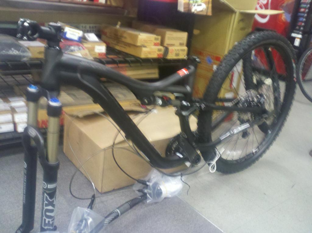 My New 2013 Stumpjumper FSR 29er-2012-12-13_17-18-28_888.jpg