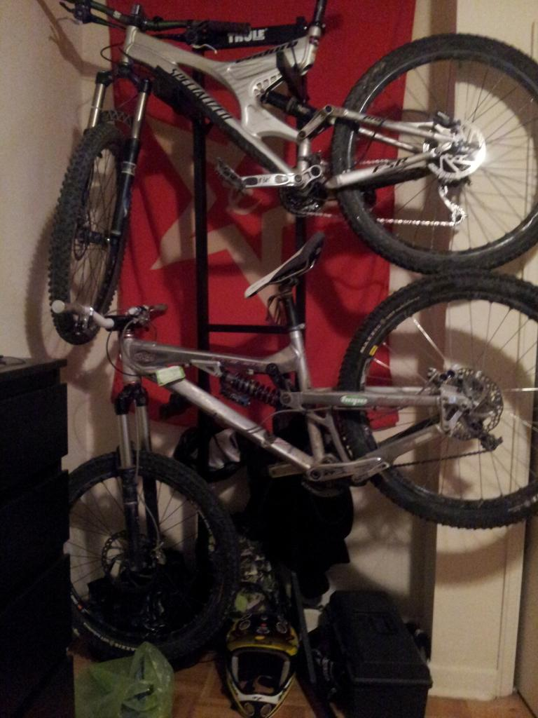 Any suggestions for a vertical two bike storage rack?-20121121_183755.jpg