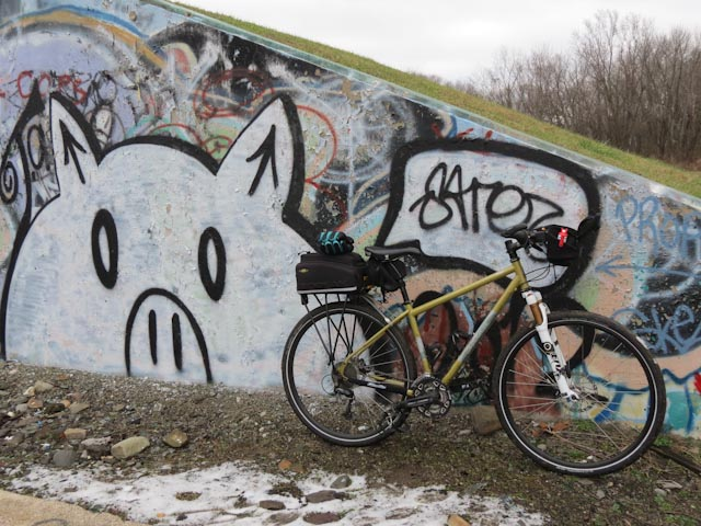 Please suggest hardtail for touring-20121201-img_1450_zpsdc5e364e.jpg