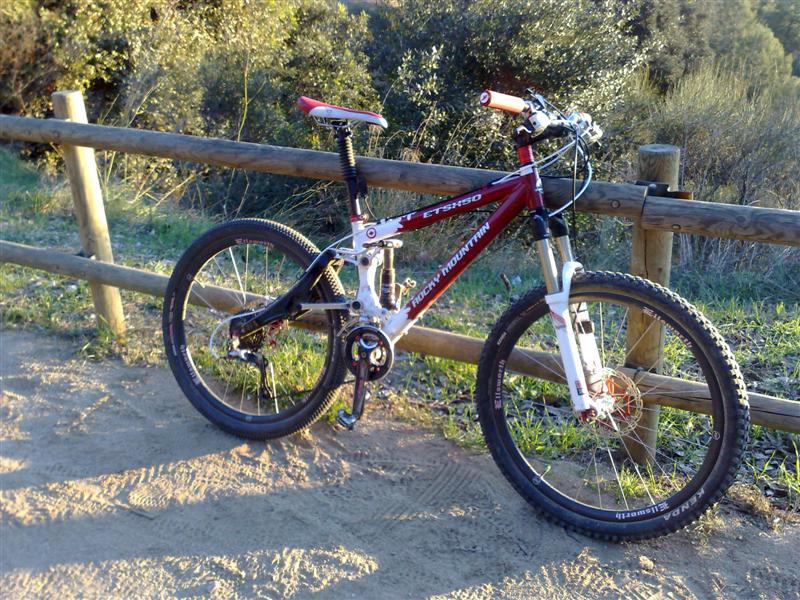 axle 15 mm on ellsworth xc wheelset?-20122009429-medium-.jpg