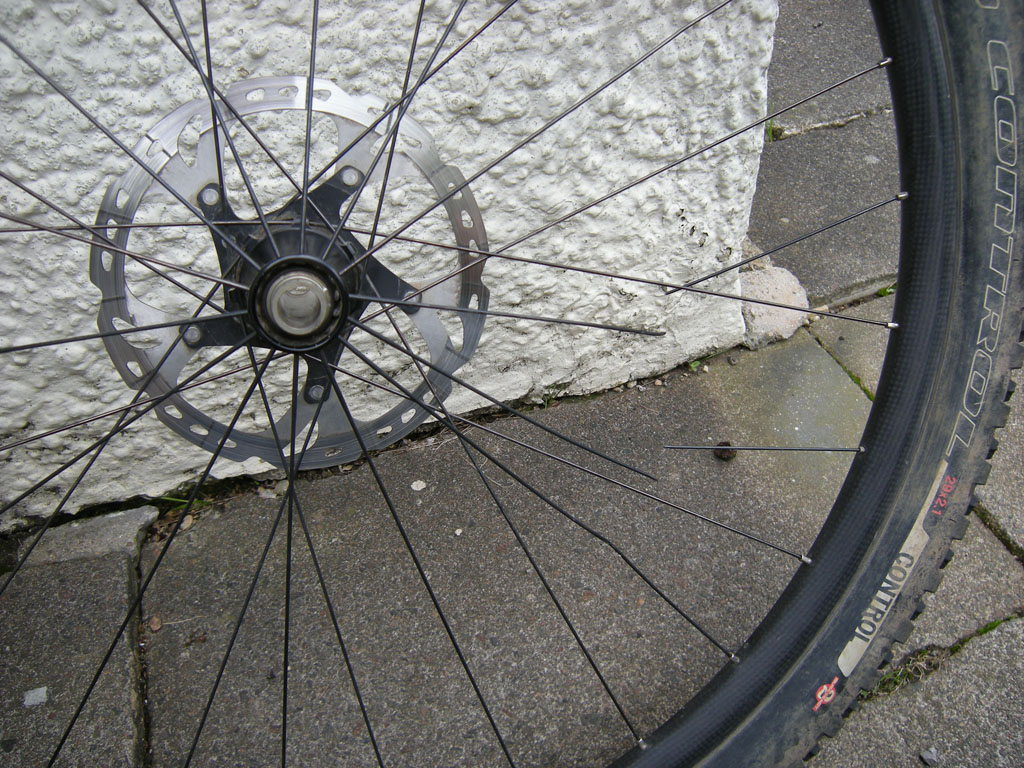 PowerTap Disc-2012_epic_broken_wheel.jpg