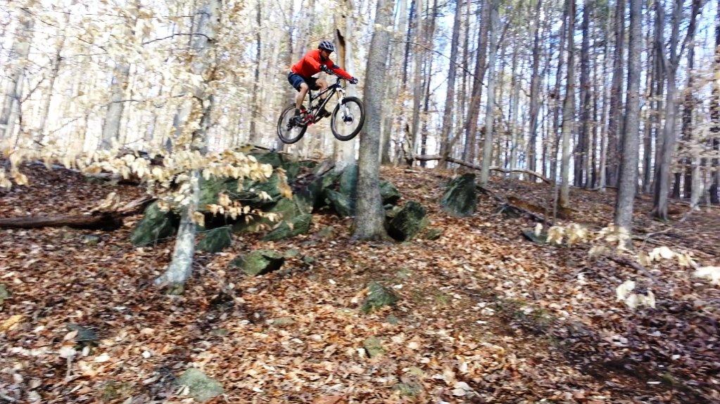 Transition Bikes in midair!-2013-02-18josh-8ft-drop3.jpg
