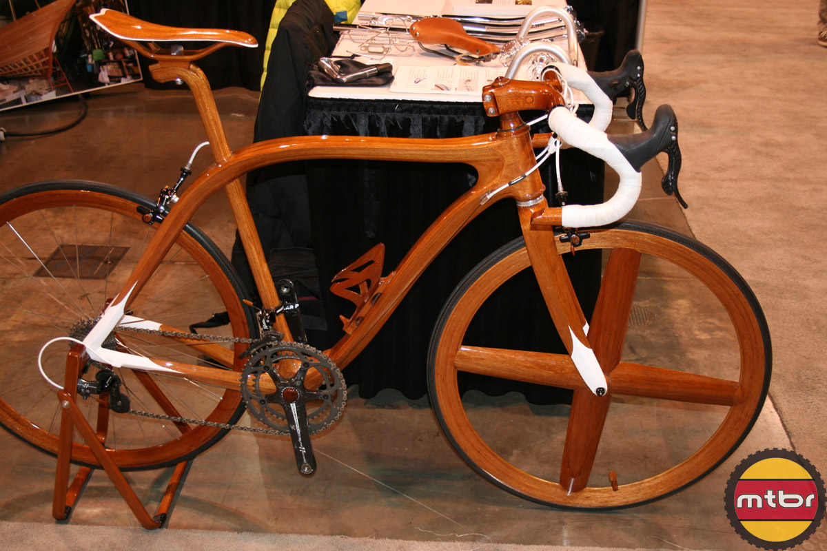 Sanomagic Wood road bike