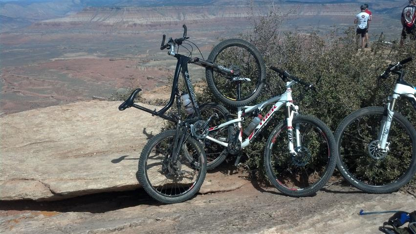 Nickel at Moab and Gooseberry-2013-03-16_13-04-50_502-small-.jpg