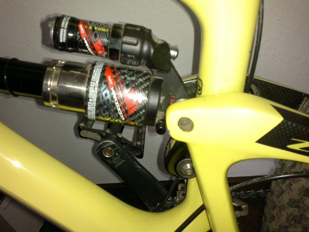 So I finally ordered a rear shock! 2013 Roco TST air-2013-04-12-090%5B1%5D.jpg
