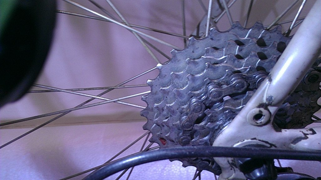 Trying to replace parts on old Diamond Back Ascent EX, don't know where to start..-2013-10-20-10.37.24.jpg