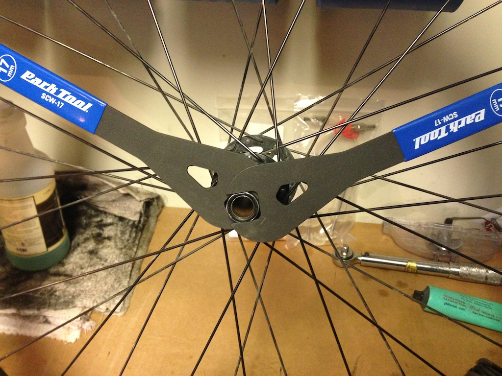 Hi Lo rear disc hub service/replacement-2013-11-19-14.38.47.jpg