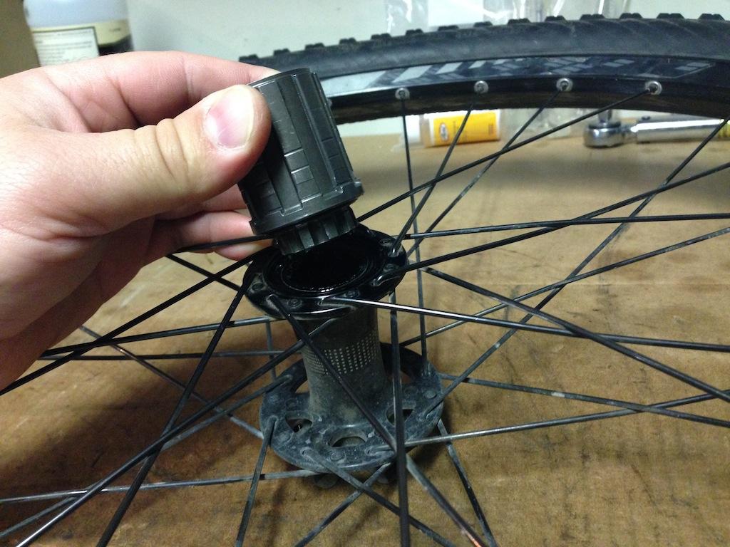 Hi Lo rear disc hub service/replacement-2013-11-19-14.45.03.jpg