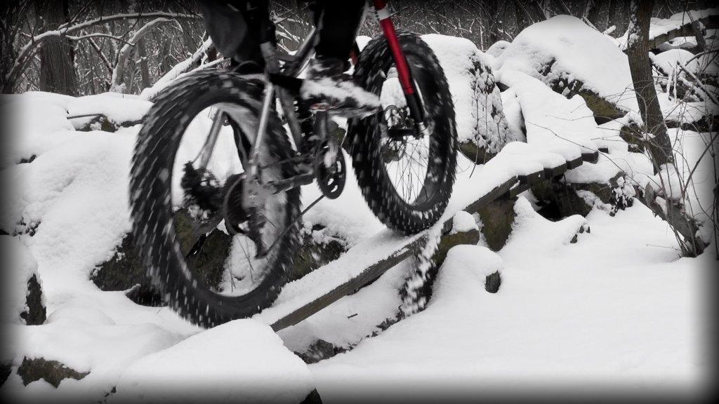 Fat Bike Air and Action Shots on Tech Terrain-2013-mtb-0082.jpg