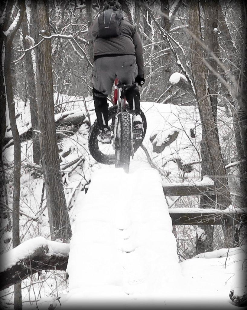 Fat Bike Air and Action Shots on Tech Terrain-2013-mtb-0084.jpg