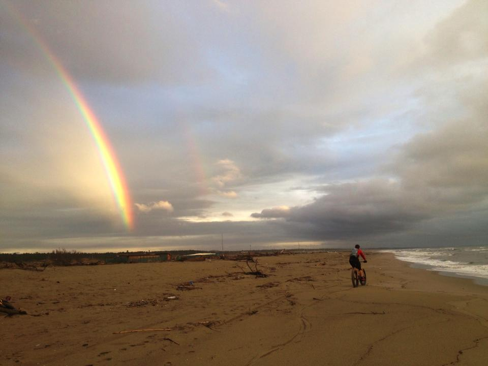 Beach/Sand riding picture thread.-20130330_lucayrain.jpg
