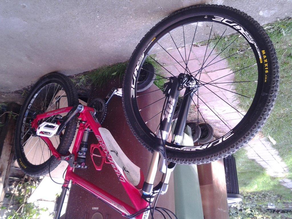 Turning my Xc bike into an aggressive trail bike-20130426_184500.jpg