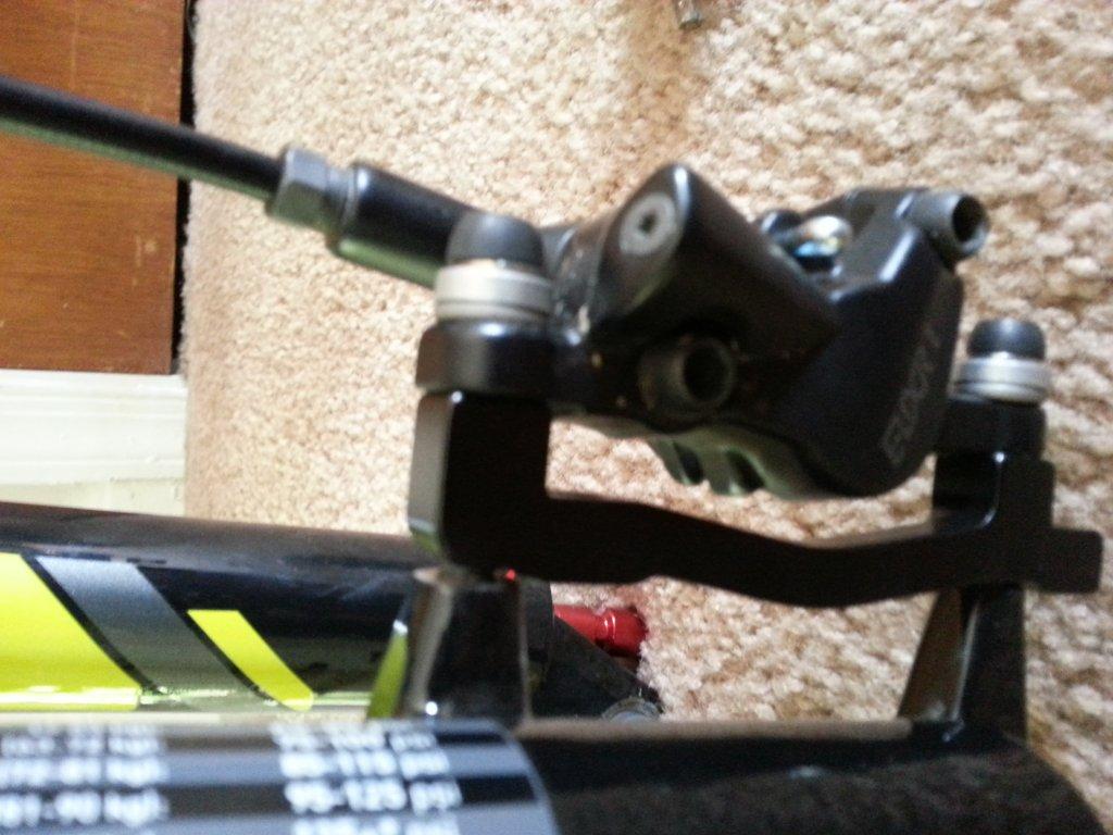 203mm rotor installation help!-20130505_095526.jpg