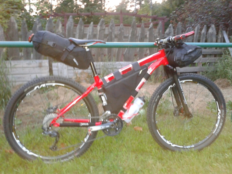 Post your Bikepacking Rig (and gear layout!)-20130808_201357.jpg