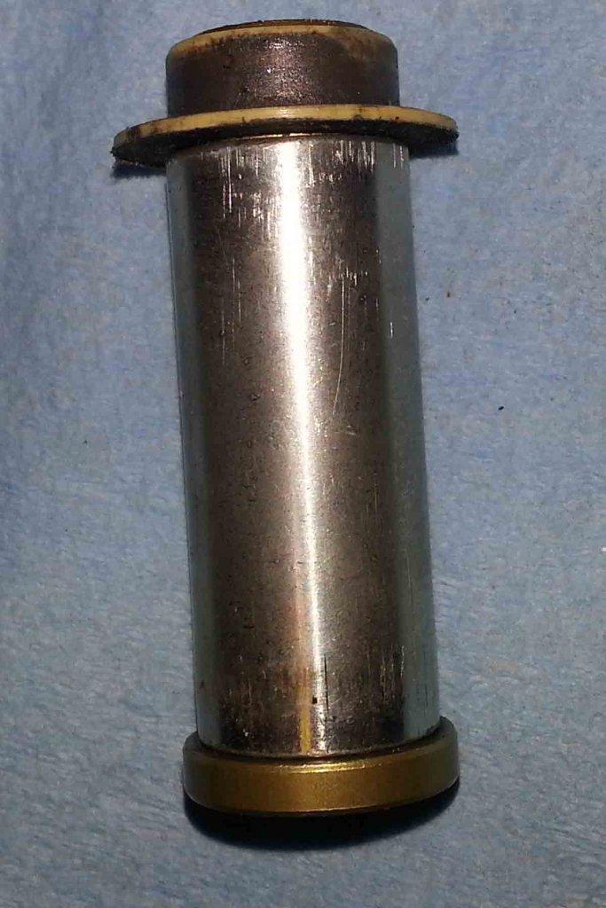 '01 Fuel Pivot Bushing Modifications-20130827_125439.jpg