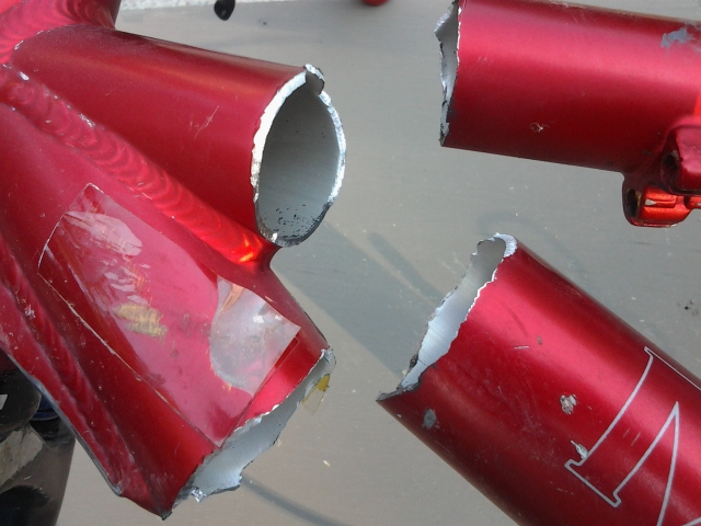 Check your Fantom for cracks, mine broke in half.-20130907_161832.jpg