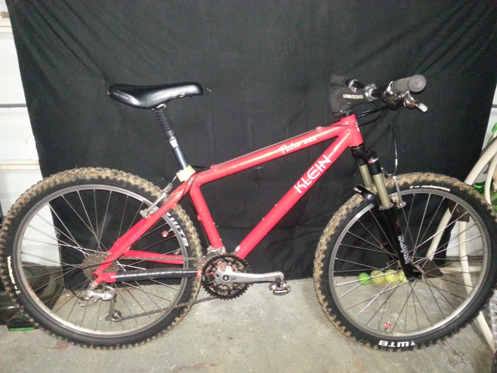 Are you still running a 26 frame with rim brakes ?-20130914_230439.jpg