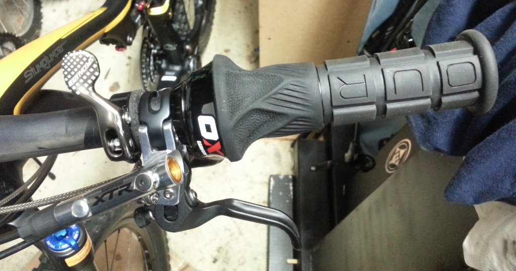XO Trail brakes and Grip Shift Compatability?-20130928_145004_edited.jpg