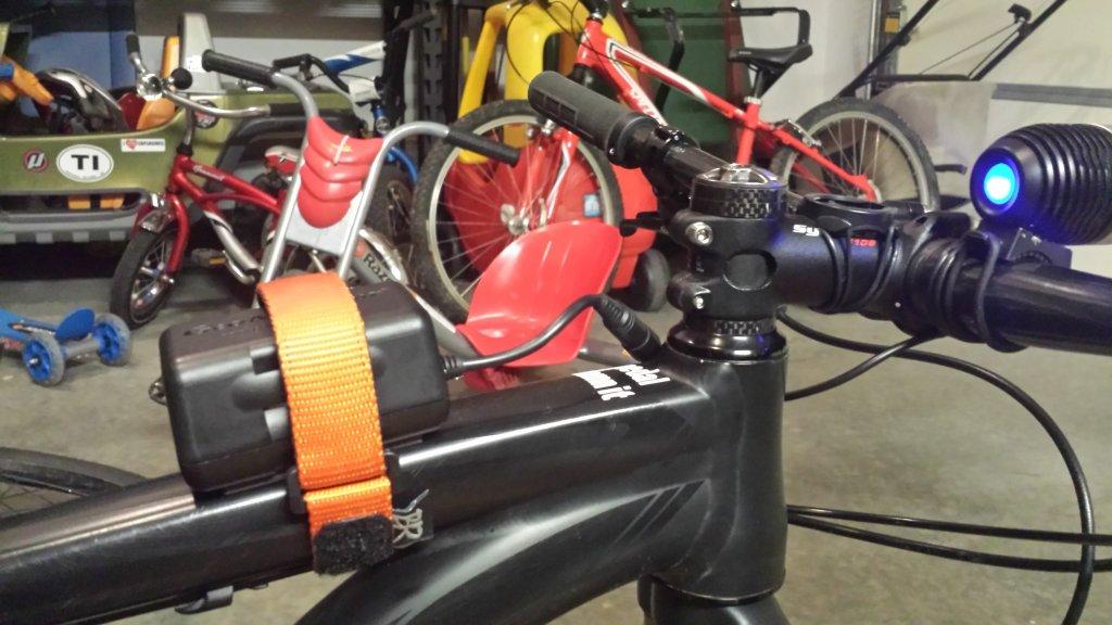 Where do you mount your battery for handlebar light?-20131026_231547.jpg