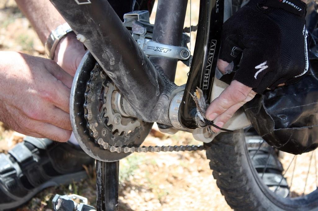 Post your best trail-side bike repair!-2013_04_13_02320.jpg