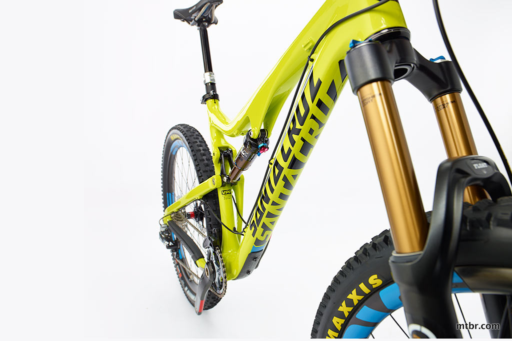 Santa Cruz Bronson Carbon Down Tube