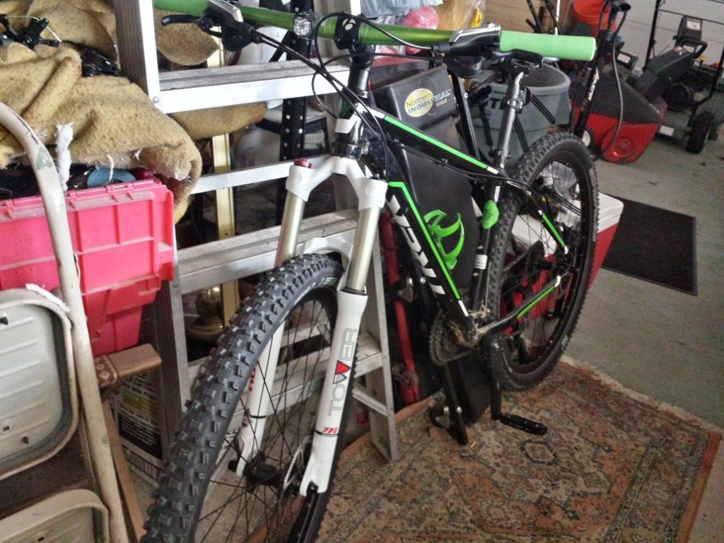 Upgrade 2013 Trek Marlin Fork?-2014-01-19-10.43.17.jpg