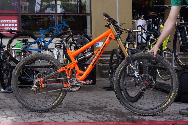 Official Darkside Thread-2014-banshee-darkside-180mm-park-mountain-bike01.jpg