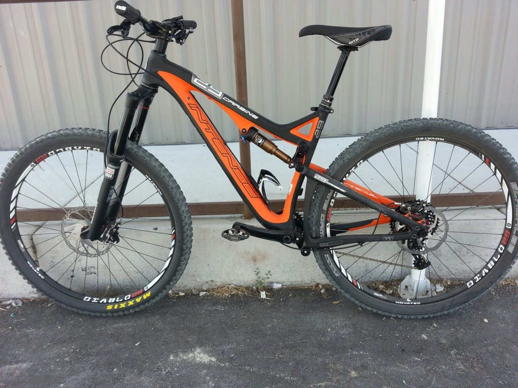 Any One Get Their Carbine 29er Yet?-2014-intense-carbine-29-black-rock-bicycles-reno-tahoe-2-.jpg