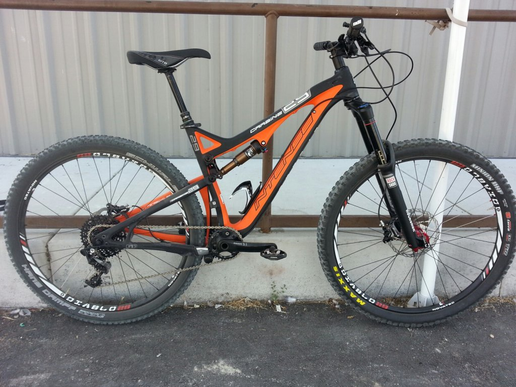 Any One Get Their Carbine 29er Yet?-2014-intense-carbine-29-black-rock-bicycles-reno-tahoe-3-.jpg