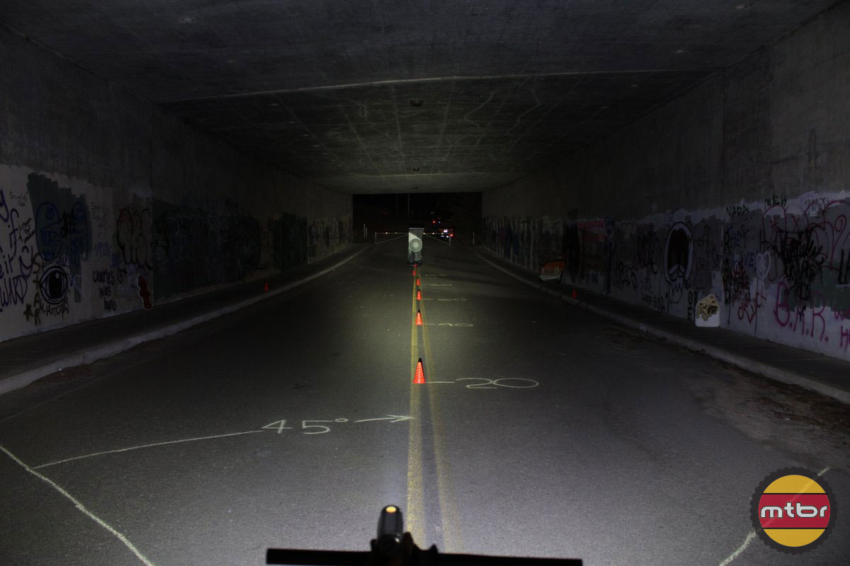 Lezyne Super Drive XL - 2014 Mtbr Tunnel Test