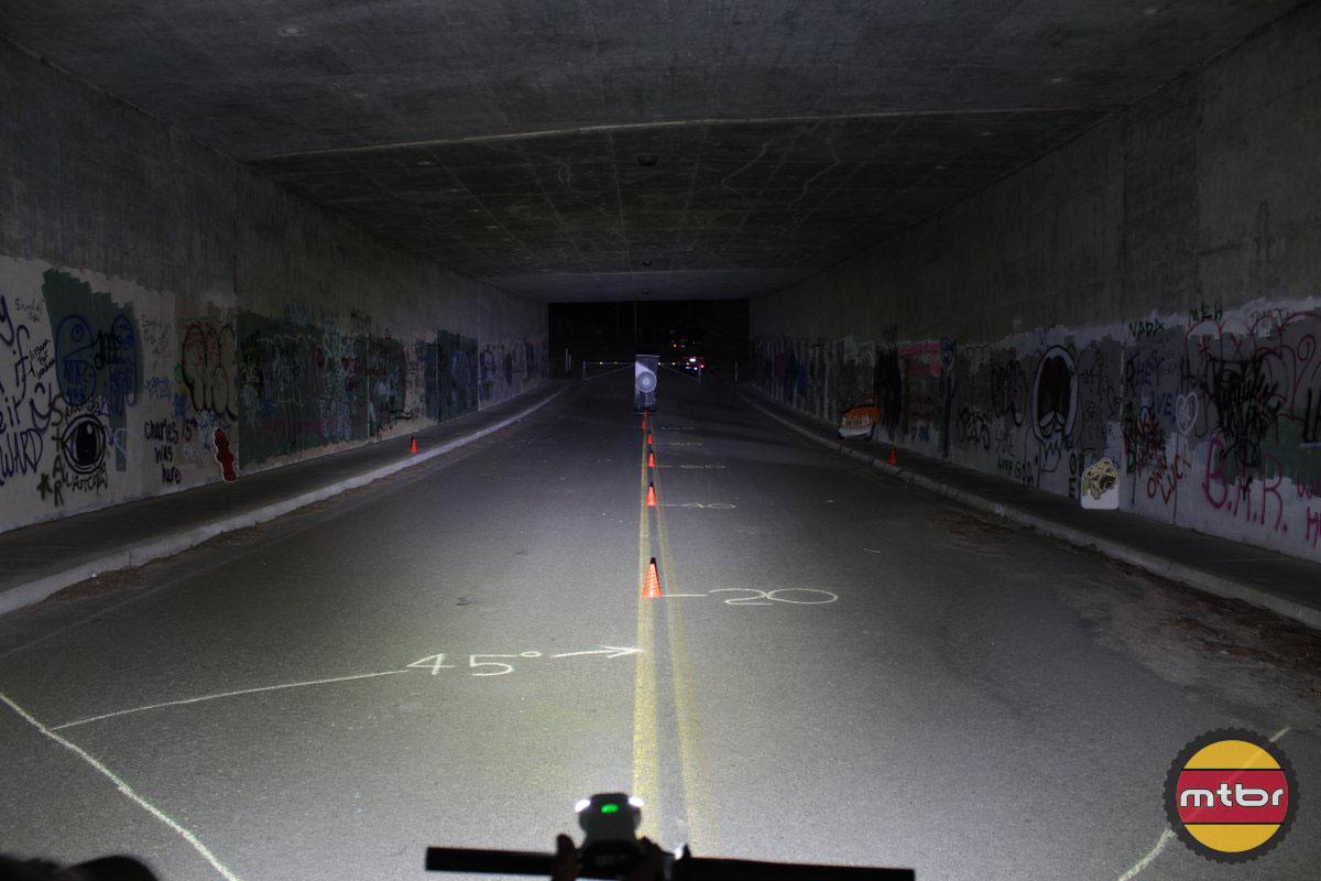 Lezyne Deca Drive - 2014 Mtbr Tunnel Test