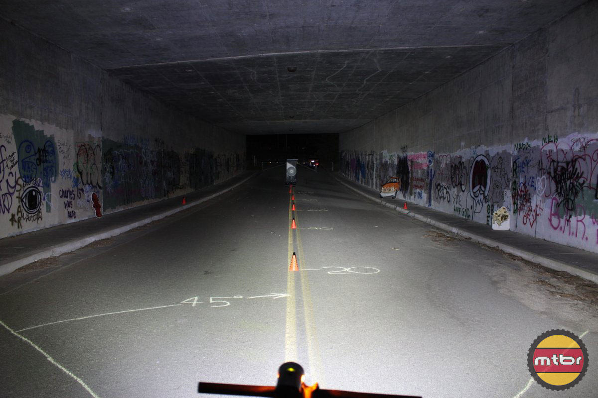 Light & Motion Taz 1000 - 2014 Mtbr Tunnel Test