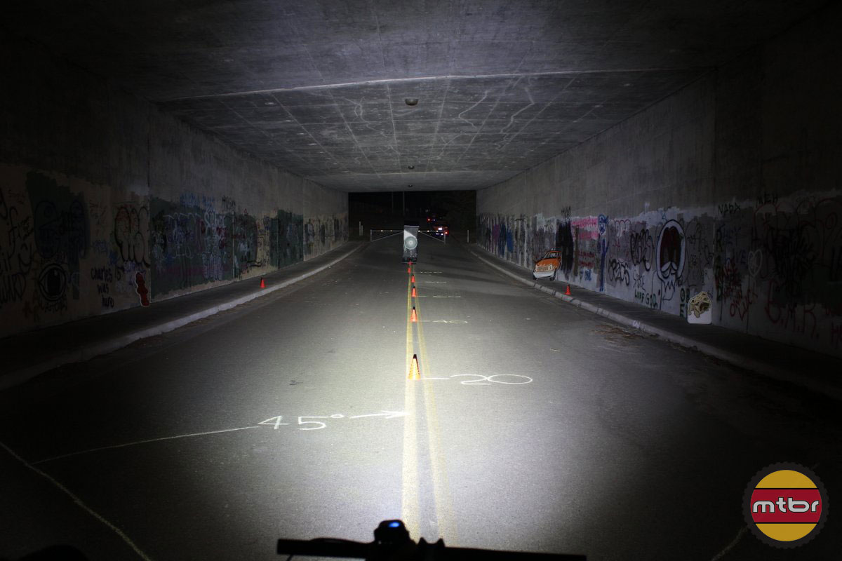 Lupine Piko 4 - 2014 Mtbr Tunnel Test