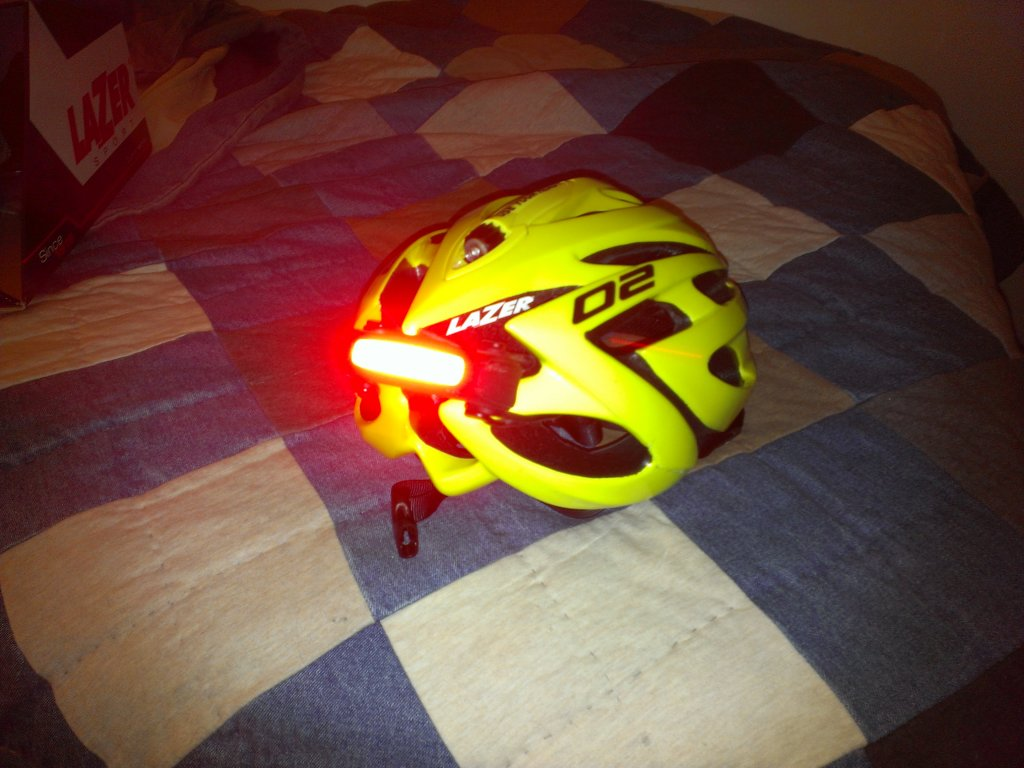 Looking for a helmet for commuting-20140216_225908.jpg