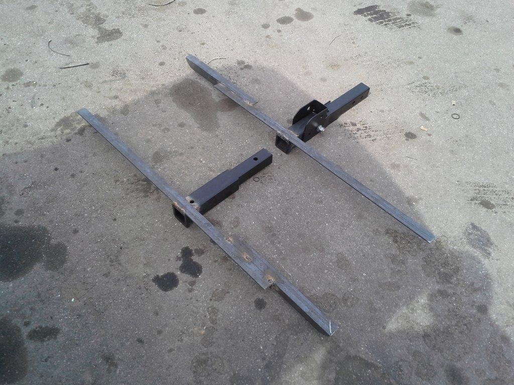 Homemade hitch tray mounts-20140322_142938.jpg