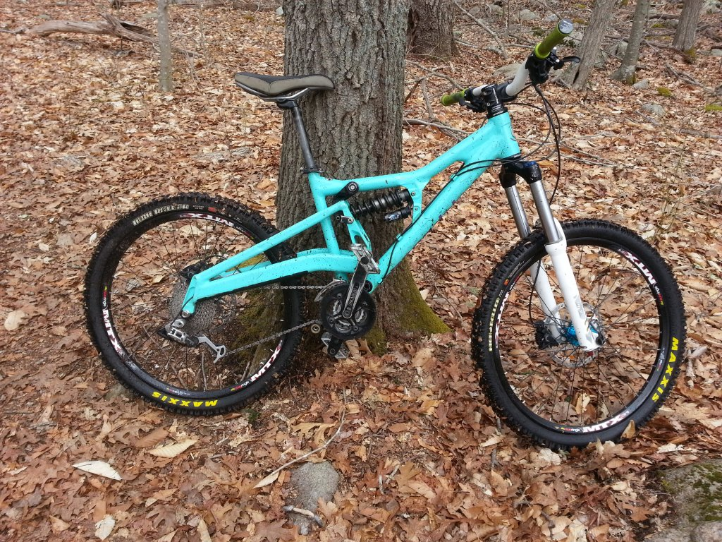Show us a picture of your 26er MTB that you still use on the trails-20140414_103242.jpg